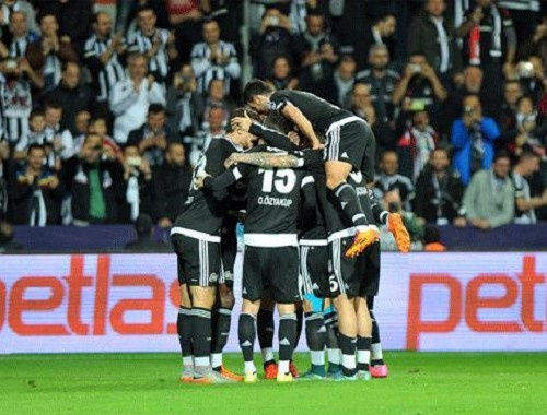 Beşiktaş'a kötü haber! Sahalara dönüşü zaman alacak