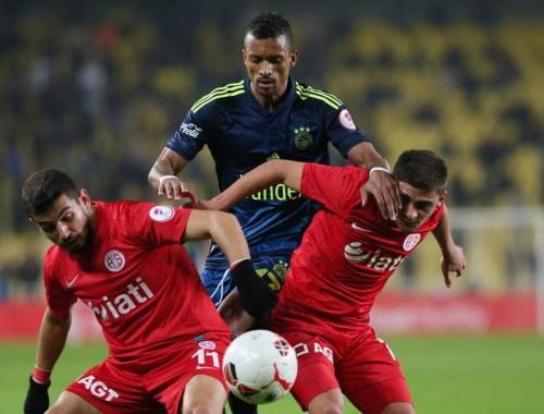 Fenerbahçe Antalyaspor maçının sonucu ve özeti