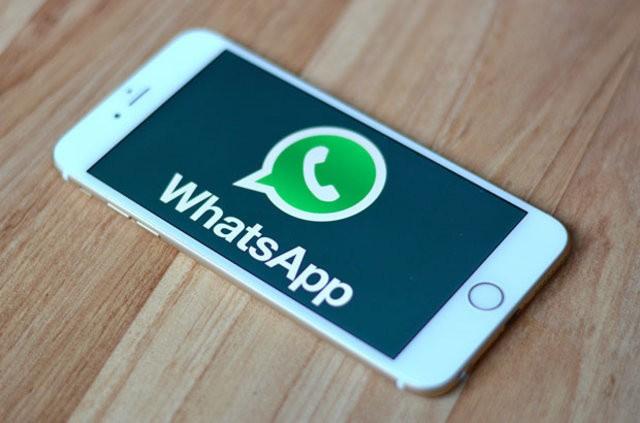 Whatsapp'a bomba özellik! İki yıldız arasında kelime koyunca...