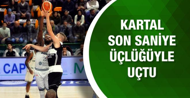 Beşiktaş son saniye üçlüğüyle Sassari'yi mağlup etti