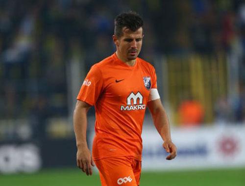 Emre Belözoğlu varsa gol var