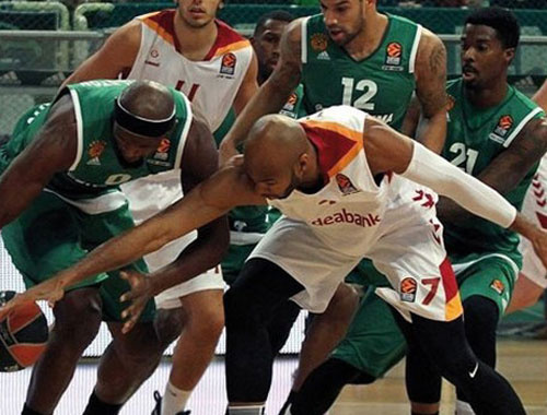 Galatasaray Panathinaikos'a direnemedi!