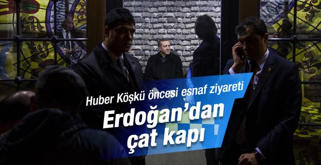 Erdoğan taksi durağında esnafla sohbet etti