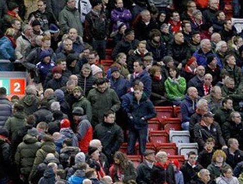 Liverpool taraftarından ilginç bilet protestosu