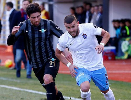 Akhisar Belediyespor - Trabzonspor maçının canlı yayını