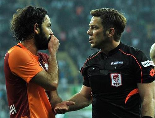 Fırat Aydınus'un saçları Ahmet Çakar'ı coşturdu!