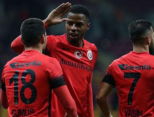 Ryan Donk Galatasaray yönetimini tehdit etti!