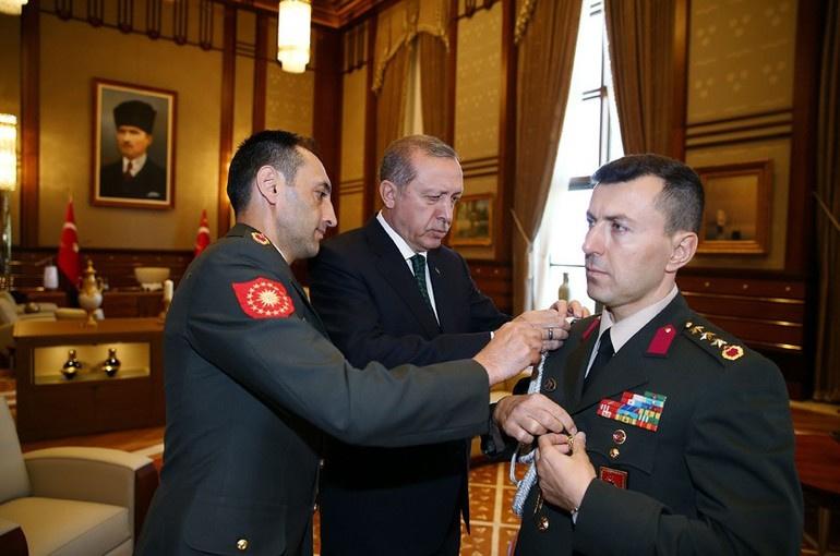 Erdoğan'ın yaveri Ali Yazıcı hain çıktı şok gözaltı