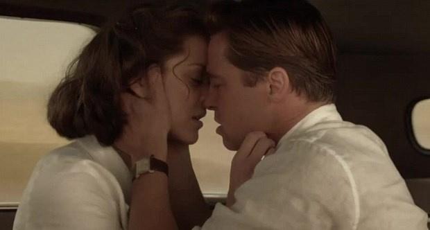 Angelina Jolie ve Brad Pitt evliliğini bitiren ateşli sahne!