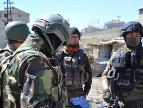 Hakkari'de saldırıda 3 asker yaralandı