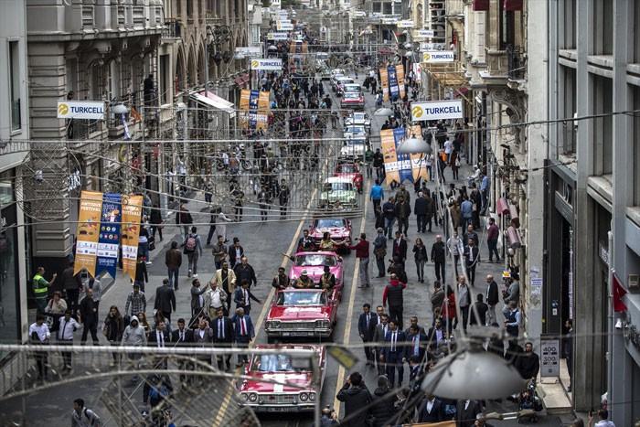 Beyoğlu'nda 50 gün sürecek festival başladı!