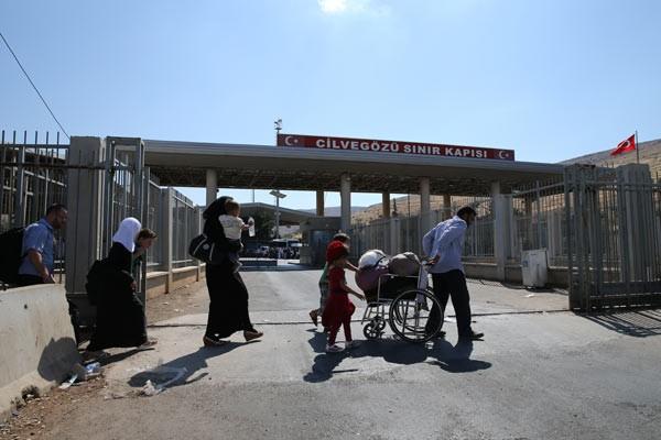 Suriyeliler akın akın memleketlerine gidiyor