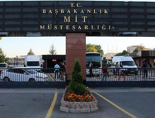 Ankara'da 2 eski MİT çalışanı tutuklandı