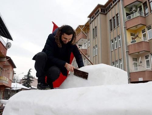 İki kardeş topladıkları 4 ton kardan bakın ne yaptı!