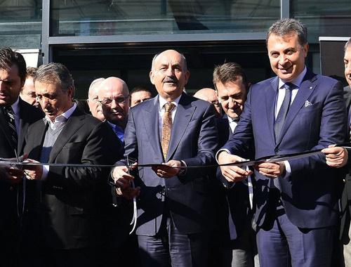 Beşiktaş Vodafone Arena'ya taşındı