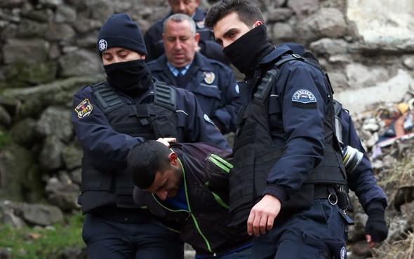 Ankara'da polise otomatik silahlarla ateş açtılar!