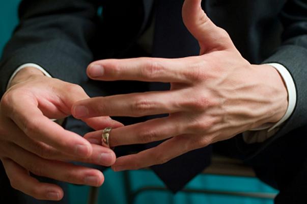 Kocasının sevgilisi kendisini aradı o da öyle bir intikam aldı ki akla zarar