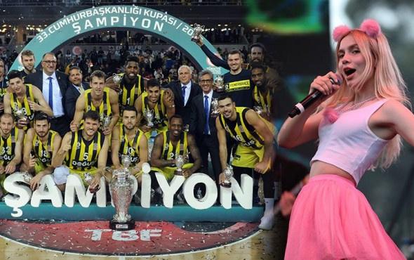 Fenerbahçe-Banvit maçında Aleyna Tilki şoku