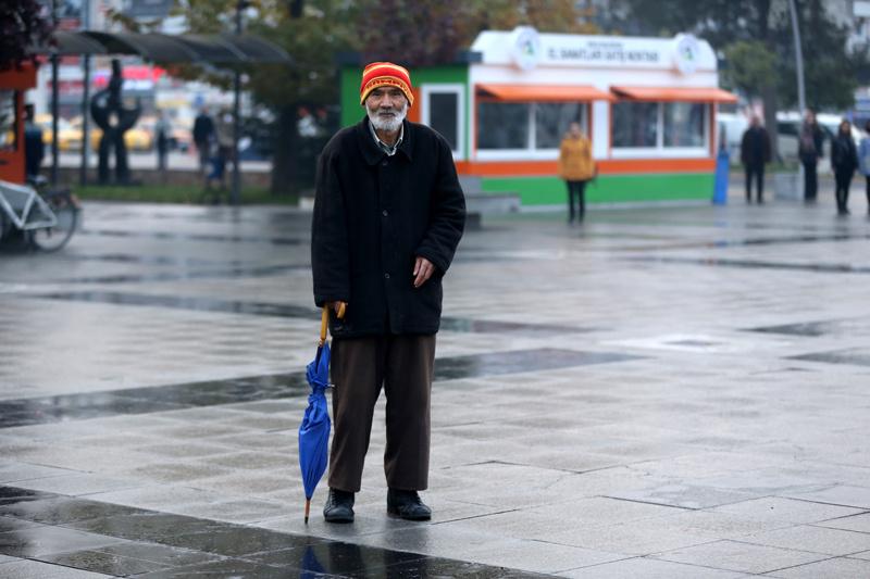Türkiye 09.05'te adeta durdu! Milyonlar Ata'yı böyle andı