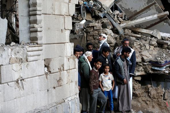 Suudi Arabistan Yemen'i vurdu!