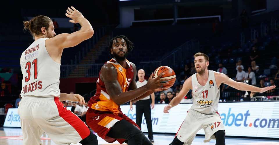 Rakeem Christmas Galatasaray'dan ayrıldı