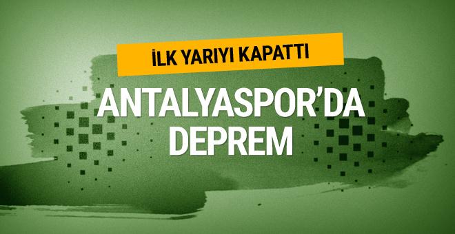 Antalyaspor'da Samir Nasri ilk yarıyı kapattı