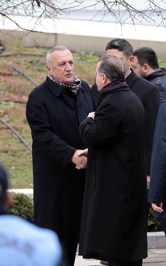 Yavuz Yılmaz'ın cenazesindeki sürpriz isimler! Tansu Çiller ve...