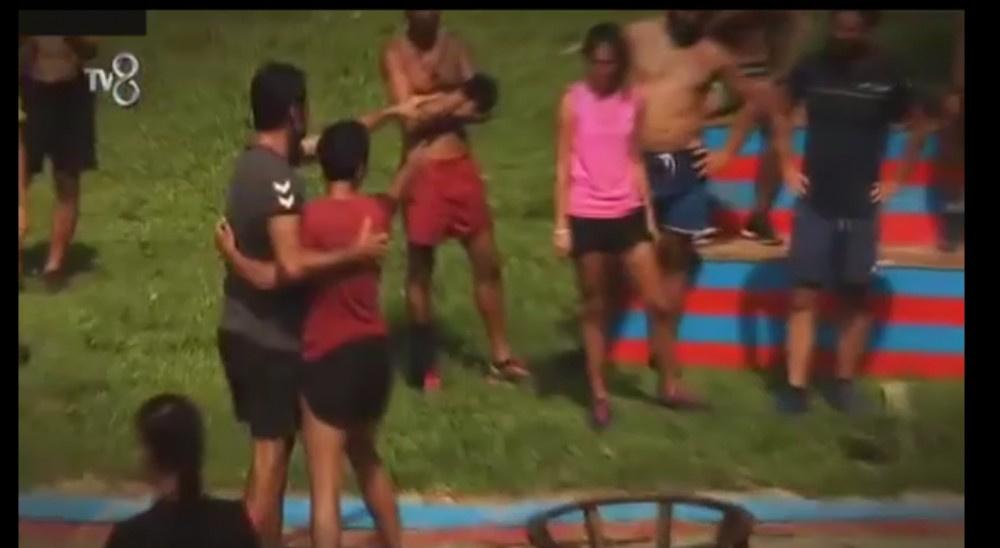 Survivor'ı yıkan kavga! Acun araya girdi diskalifiye mi olacak?