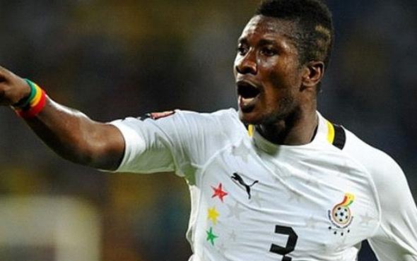 Asamoah Gyan'a ilginç ceza