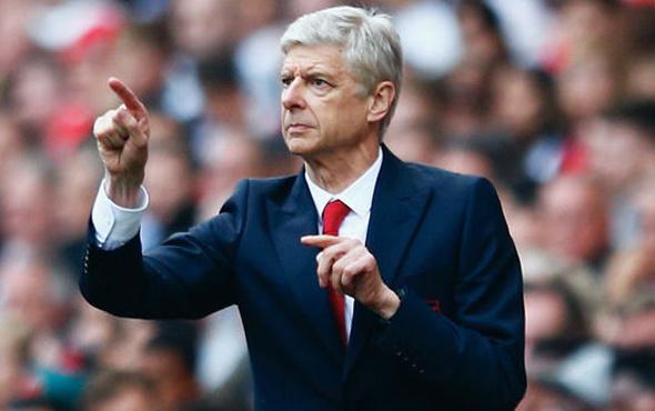 Arsene Wenger bırakmıyor