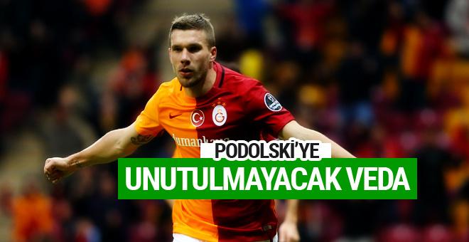 Lukas Podolski'ye unutulmayacak veda