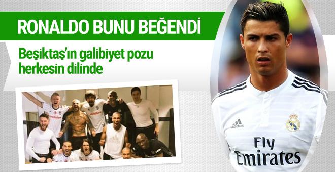 Beşiktaşlı futbolcuların zafer pozunu Ronaldo beğendi