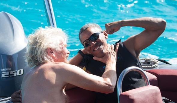 Barack Obama tatilin tadını çıkarıyor