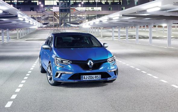 """Renault'a """"En İyi Müşteri Deneyimi"""" ödülü"""