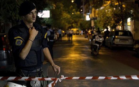 Atina'nın merkezinde bomba patladı