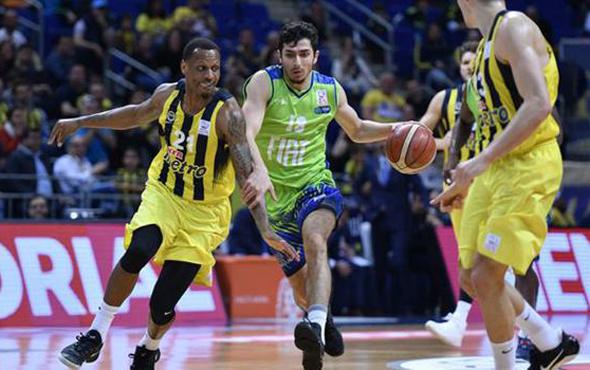 Fenerbahçe TOFAŞ'ı rahat solladı