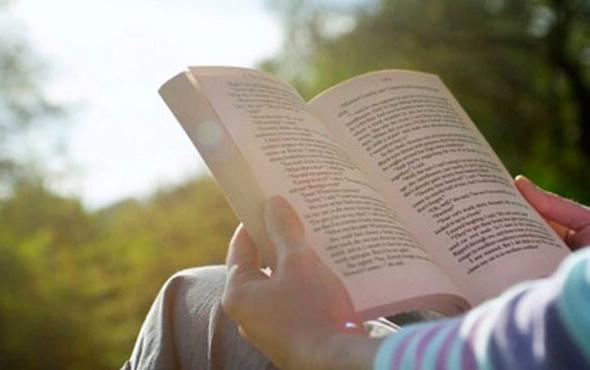 Kitap Dostum, uygulama marketlerinde yerini aldı