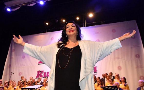 Maltepe Belediyesi Anneler Günü konserinde Türkan Şoray sürprizi