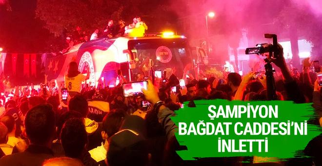 Şampiyon Fenerbahçe Bağdat Caddesi'ni inletti