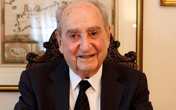 Yunanistan'ın eski başbakanı Miçotakis hayatını kaybetti