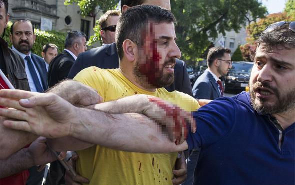 Büyükelçilik önündeki kavgayla ilgili olarak 2 Türk tutuklandı