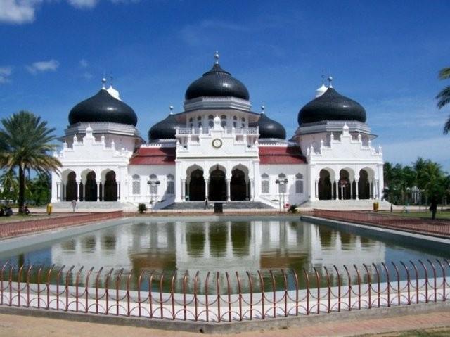 Dünyanın en güzel camilerine bakın! Listede Türkiye'de var