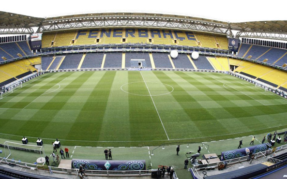 Fenerbahçe de hibrit çime geçti