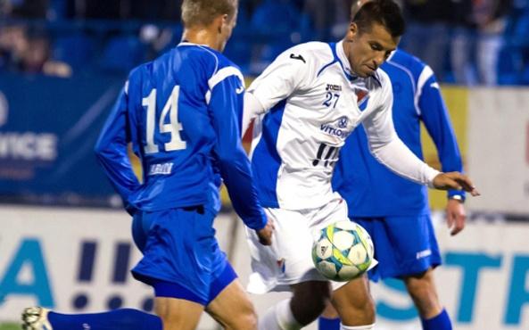 Milan Baros futbola başladığı takıma geri döndü