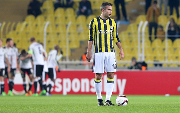 Fenerbahçe'de Robin Van Persie krizi