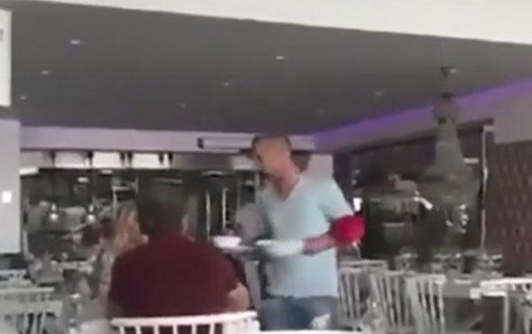 Sneijder kendi mekanında garsonluk yapıyor
