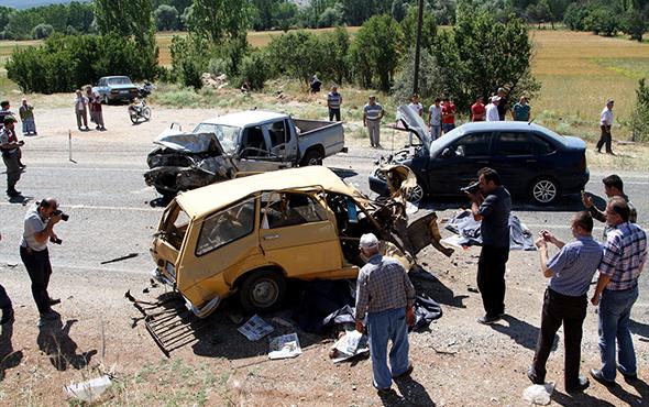 Muğla'da zincirleme kaza: Çok sayıda ölü ve yaralı var!