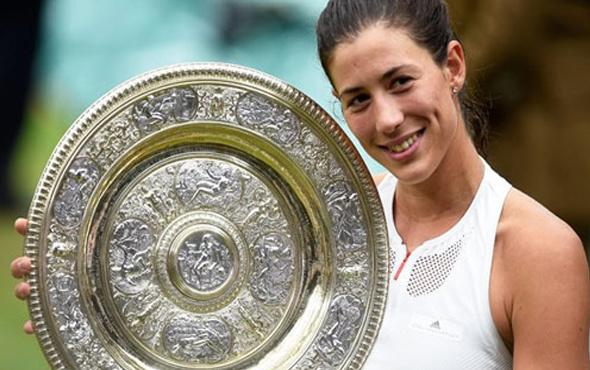 Wimbledon'da şampiyon Garbine Muguruza!
