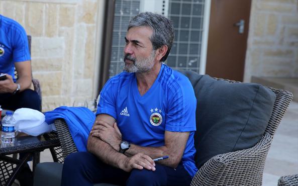Fenerbahçe'de gideceklere Aykut Kocaman engeli