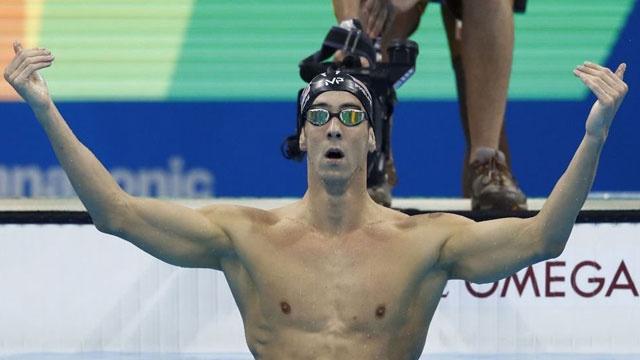 Başarılı olimpik yüzücü köpek balığına mağlup oldu
